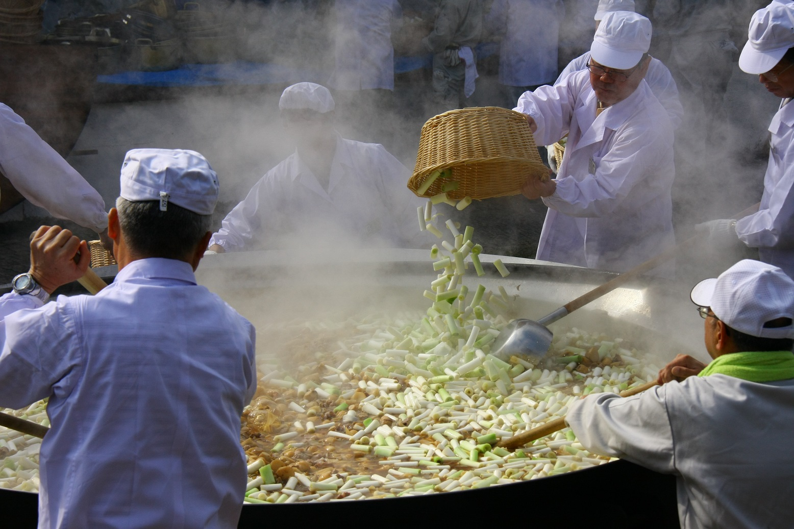 天平の芋煮会
